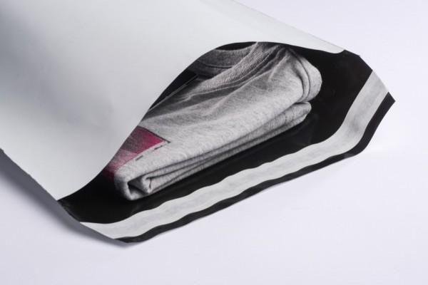 Folienmailer Versandtaschen weiß und robust. DHL konformer Reibgleitwert COF. Ideal für e-Commerce. Nicht nur für Textilien perfekt geeignet. Günstig und sofort lieferbar